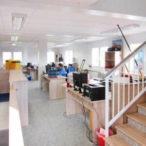 Büros bauen aus Container-Modulen