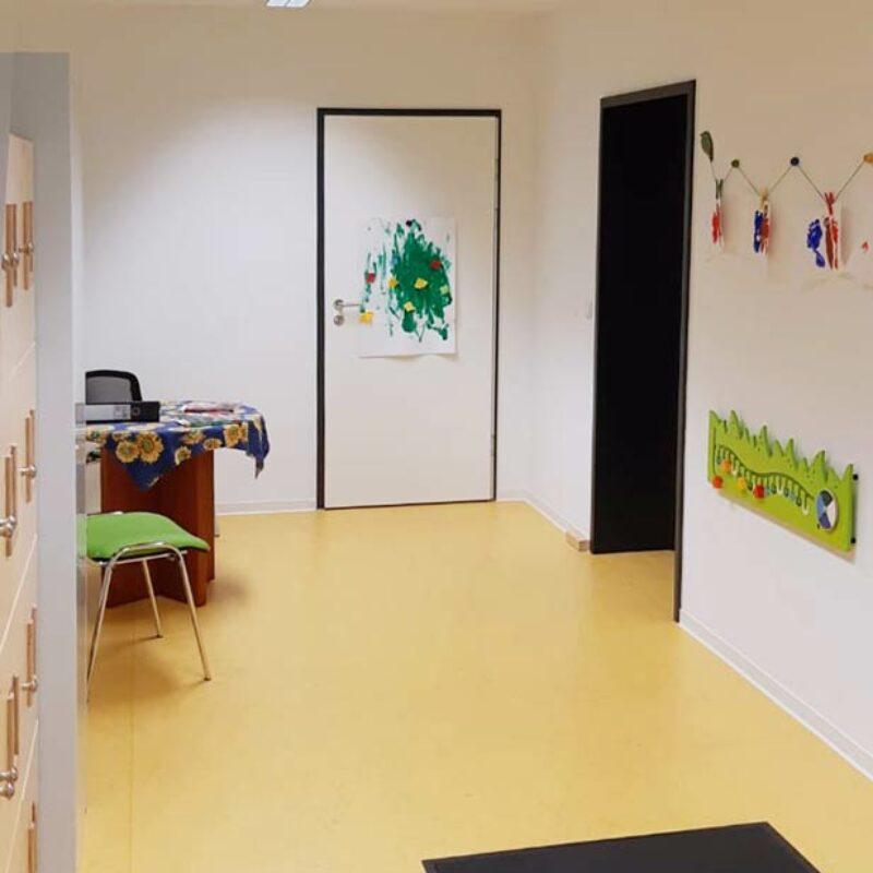 Kindergartencontainer Eingangsbereich